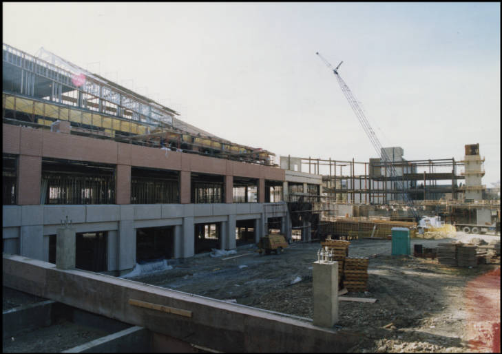 Professional Faculties Building under construction
